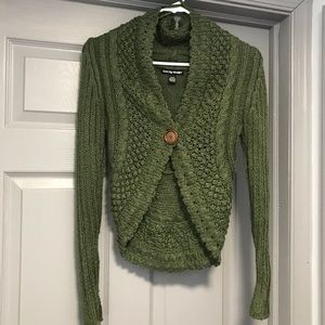 Sweet Green Sweater / Cardigan